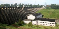 Barrage de Vézins (Photo J.P. Doron)
